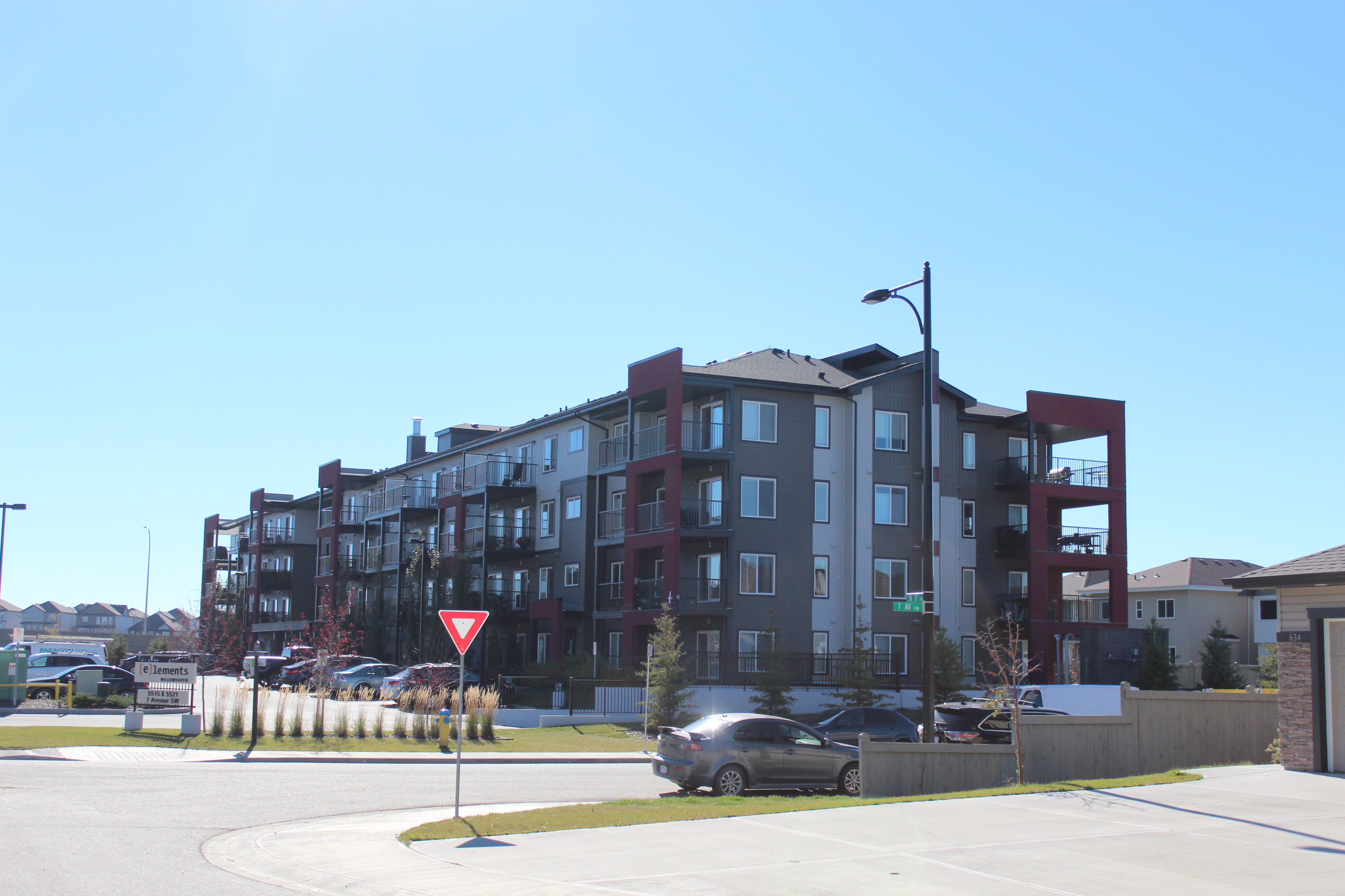 Elements at Willowhaven (142 units) Completed August 2015