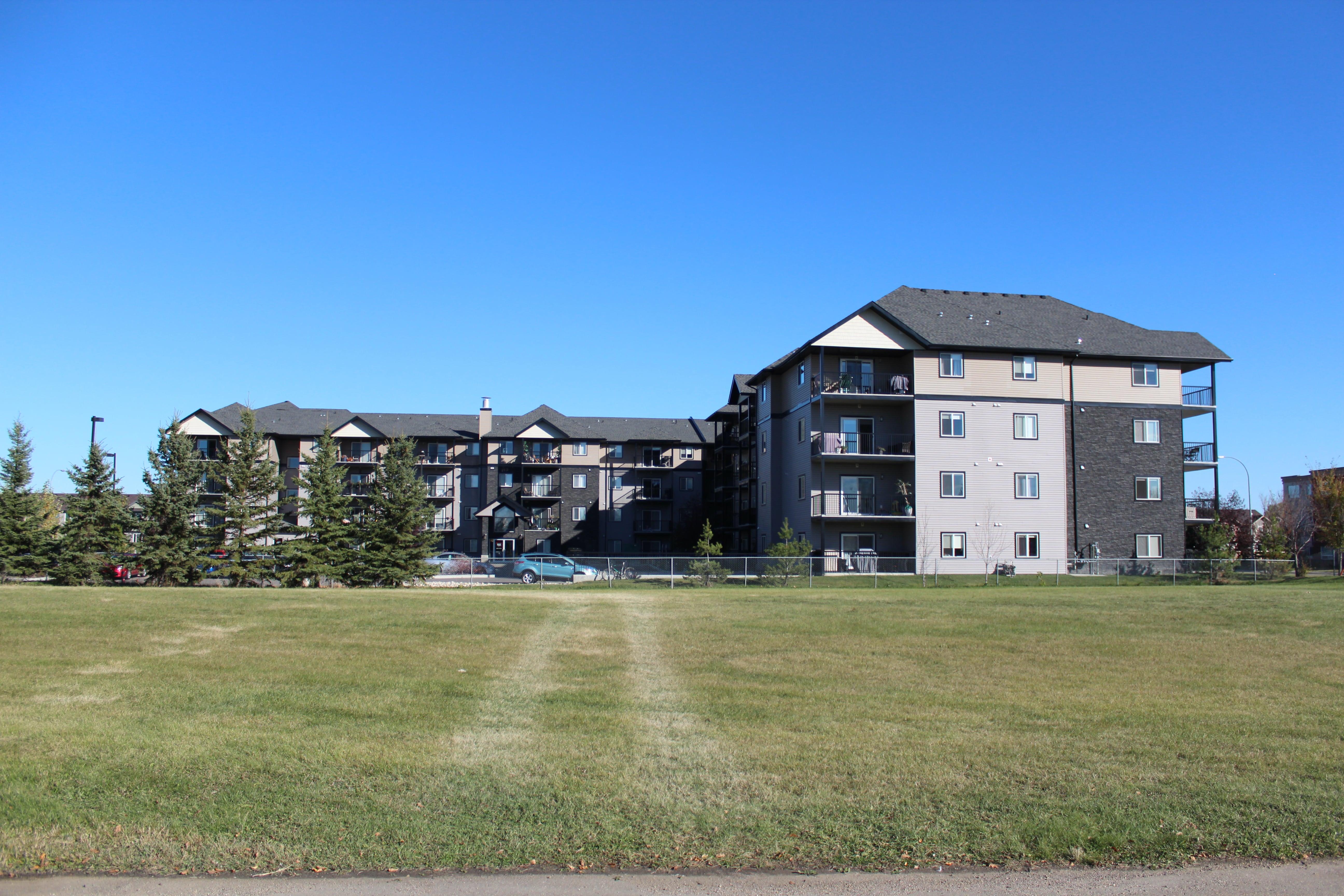 Pallisades Park (99 units) Completed September 2014